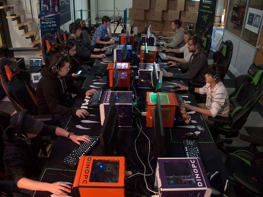 About Us. Dino PC LAN Party